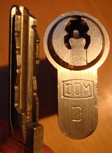 http://www.lockpicker.cz/download/sbirka/Dom1.jpg