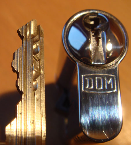 http://www.lockpicker.cz/download/sbirka/Dom3.jpg