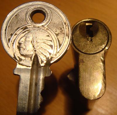 http://www.lockpicker.cz/download/sbirka/Indian.jpg