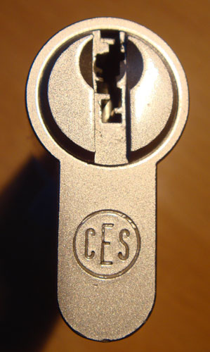 http://www.lockpicker.cz/download/sbirka/ces1.jpg