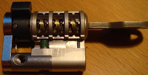http://www.lockpicker.cz/download/sbirka/cut1.jpg