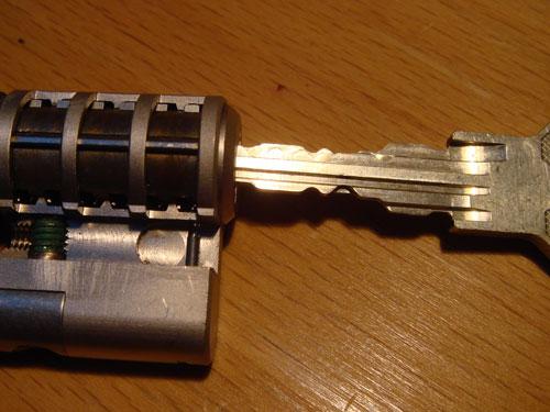 http://www.lockpicker.cz/download/sbirka/cut3.jpg