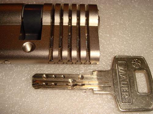 http://www.lockpicker.cz/download/sbirkamoren/Mauer7.jpg