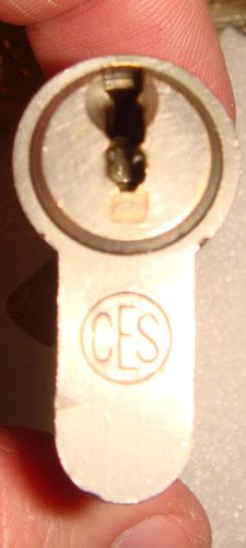 http://www.lockpicker.cz/download/sbirkamoren/ces2.jpg